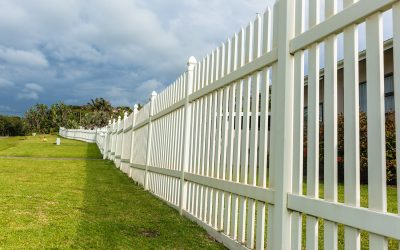 Signs It's Time to Upgrade Your Vinyl Fence (and How to Do It).
